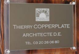 Plaque professionnelle pour architecte avec logo