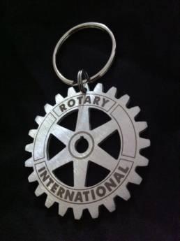 Création de porte-clés pour les club Rotary en inox