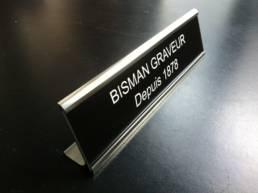 chevalet de bureau et de présentation pour les noms et profession