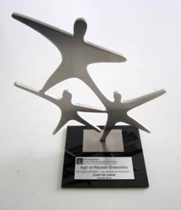 Création en inox de trophée d'entreprise