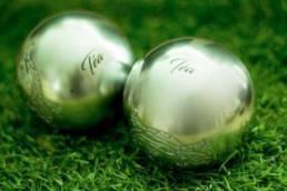 Gravure sur boules de pétanque
