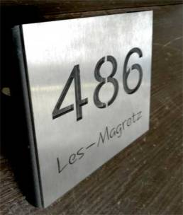 Numéro et nom de rue en Inox découpé